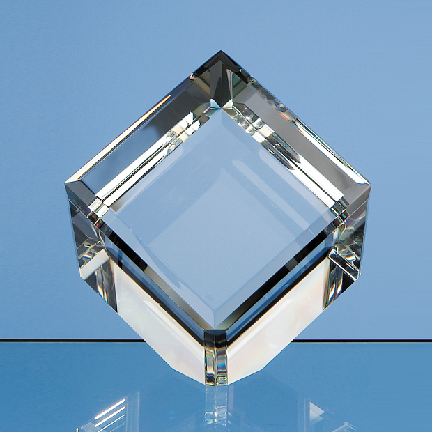 8cm Optical Crystal Bevel Edged Cube